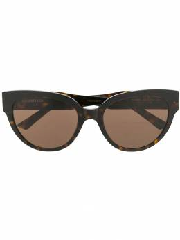 Balenciaga - cat-eye shaped sunglasses 865T6669956393360000