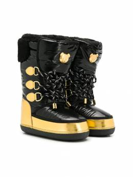 Moschino Kids - gold-tone logo plaque boots 39T95383990000000000