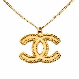 Chanel CC Textured Logo Gold Tone Pendant Necklace 220573