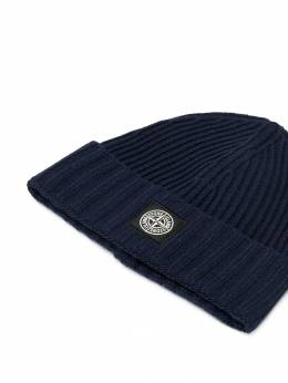 Stone Island Junior - logo patch knitted beanie 996N63A6955636030000